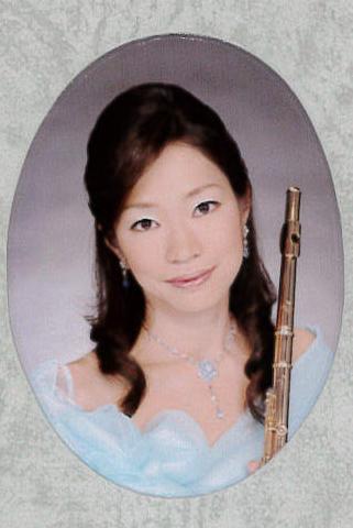 小松 彩子(こまつ あやこ)